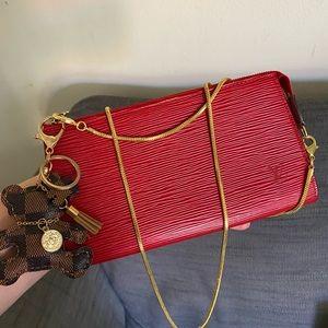 ❤️❤️Louis Vuitton Epi Pouch/Crossbody Bag